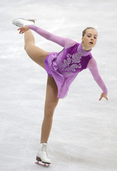 Ira+Vannut+2011+World+Junior+Figure+Skating+ofJbQNQwbz9l.jpg