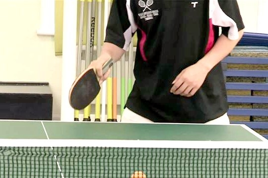 how-to-do-a-drop-shot-in-table-tennis.WidePlayer.jpg