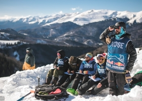 Schi Snowboard Judge Red Bull Oslea Romania.jpg